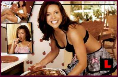 http://freddiebell.files.wordpress.com/2009/03/rachel-ray-2003-2.jpg